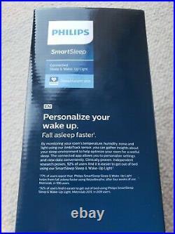Philips HF3670/60 Smartphone Enabled Sleep and Wake-Up Smart Light
